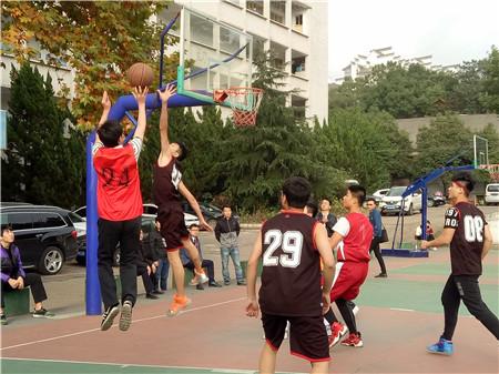 """北大青鸟大计校区""""友谊杯""""篮球赛终于成功落下帷幕"""